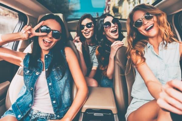 YLOO Drive - Best Girls Driving School